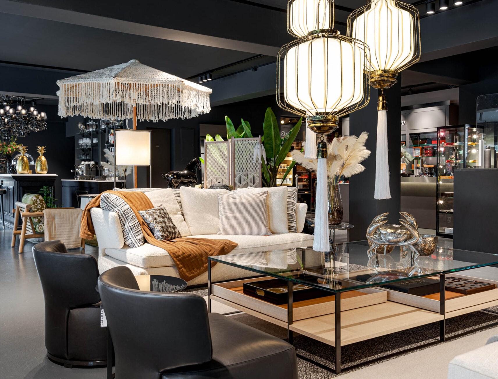 Showroom mit Designermöbeln